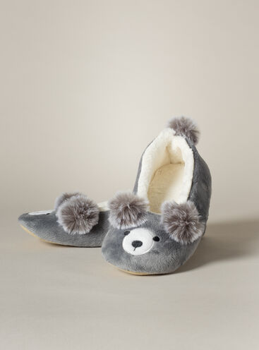 Pom pom bear slippers