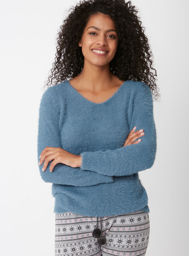 Fluffy knit jumper