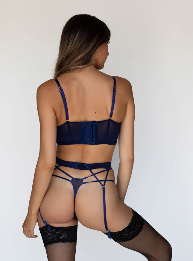 Darcie suspender belt