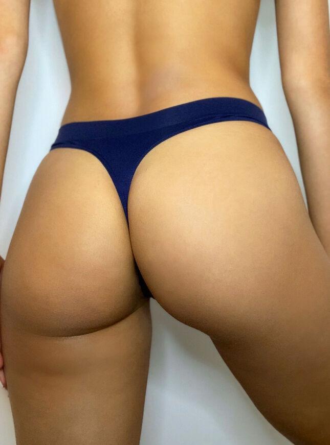 High leg thong